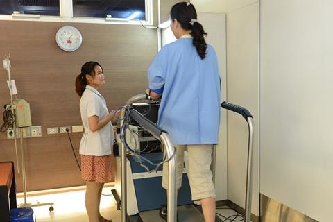 การตรวจสมรรถภาพหัวใจขณะออกกำลังกาย(EST)
