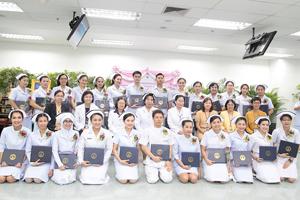พิธีมอบประกาศนียบัตรแก่ผู้สำเร็จการอบรม หลักสูตรการพยาบาลเฉพาะทาง ประจำปีการศึกษา 2562