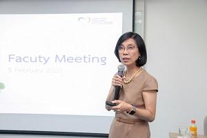 โรงเรียนพยาบาลรามาธิบดี จัดการประชุม Faculty Meeting ครั้งที่ 2 ประจำปี 2563 โดย รองศาสตราจารย์ ดร.พูลสุข เจนพานิชย์ วิสุทธิพันธ์ ผู้อำนวยการโรงเรียนพยาบาลรามาธิบดี เป็นประธานการประชุม