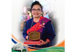 โรงเรียนพยาบาลรามาธิบดีขอแสดงความยินดี แด่ รองศาสตราจารย์ ดร.พัชรินทร์ นินทจันทร์ เนื่องในโอกาสได้รับรางวัล ศิษย์เก่าดีเด่น