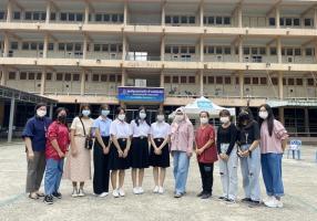 จัดกิจกรรมสันทนาการเพื่อเป็นกำลังใจให้กับผู้ป่วยที่ติดเชื้อโควิด-19 เมื่อวันที่ 11 กันยายน 2564 ณ ศูนย์ชุมชนร่วมใจ ต้านภัยโควิด เขตราชเทวี