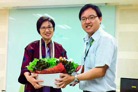 ขอขอบคุณ อ.จันทิมา องค์โฆษิต ไกรฤกษ์ ที่ได้มาให้ความรู้แก่แพทย์ประจำบ้าน