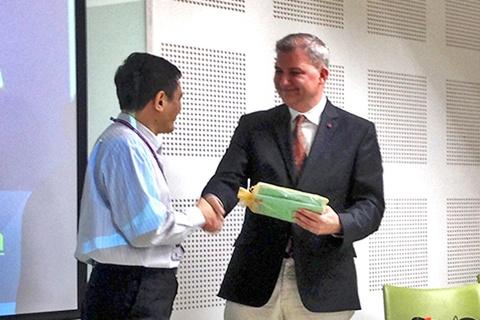 Guest Lecture โดย Associate Professor César A Alfonso