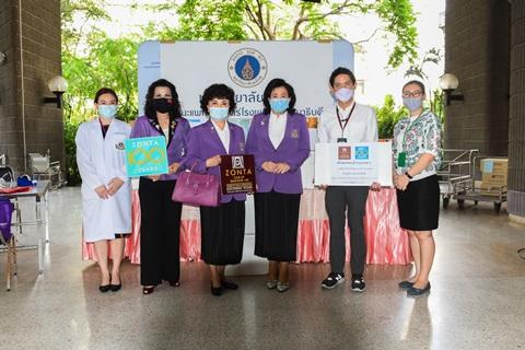 สโมสรซอนต้ากรุงเทพ 8 มอบอุปกรณ์การแพทย์ แก่ คณะแพทยศาสตร์โรงพยาบาลรามาธิบดี มหาวิทยาลัยมหิดล