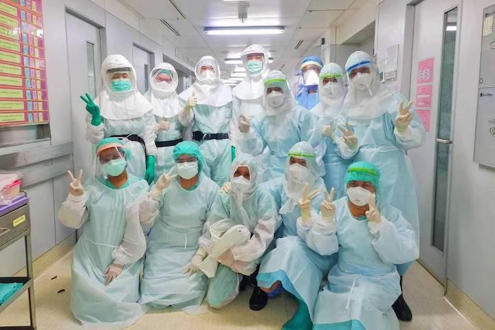 เรื่องดีดี ทีมแพทย์รามาธิบดี ผ่าตัดทำคลอดผู้ติดเชื้อ COVID-19 ได้สำเร็จ