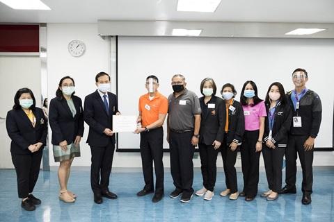 ทีมวิทยากรจากจากบริษัท การบินไทย จำกัด (มหาชน) บริจาคเงินให้แก่คณะแพทยศาสตร์โรงพยาบาลรามาธิบดี