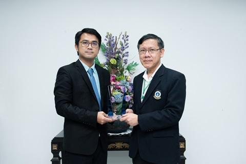 รางวัลดีเด่นด้านการให้บริการเคลม ของบริษัท กรุงเทพประกันชีวิต จำกัด (มหาชน) ประจำปี 2563 ในโครงการ Bangkok Life Assurance Smart Hospital Award 2020