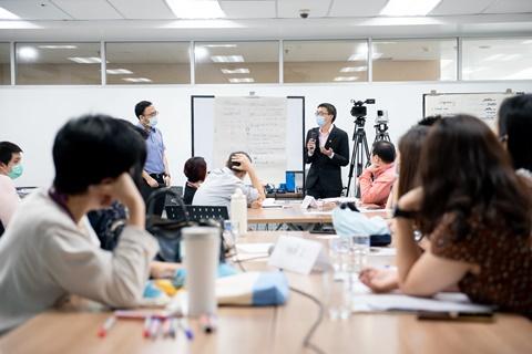 """การประชุมอบรมทบทวนความรู้ด้านการศึกษา Refresh Course """"Programmatic Assessment: วัดผลเพื่อการเรียน ไม่ใช่เพื่อการสอบ"""""""