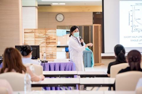อบรมพยาบาลให้คำปรึกษาเพื่อช่วยเลิกบุหรี่