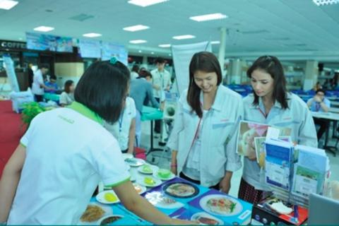 จัดกิจกรรมให้ความรู้ทางด้านสุขภาพ ณ บริษัท โตโยต้า มอเตอร์ (ประเทศไทย) จำกัด สาขาสำโรง