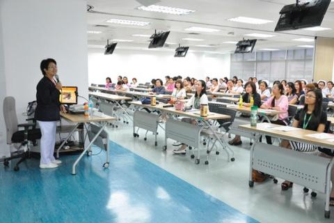 ภาพกิจกรรมประชาสัมพันธ์การอบรมพยาบาล